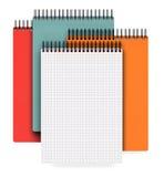 Stapel van notitieboekje op wit Royalty-vrije Stock Foto