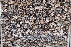 Stapel van Ongebruikte Oude Bamboesteel Royalty-vrije Stock Afbeeldingen