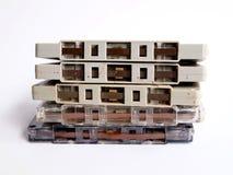Stapel van oude bandcassettes Stock Foto's