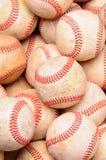 Stapel van Oude Baseballs Stock Fotografie