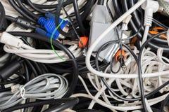 Stapel van oude kabels stock afbeelding