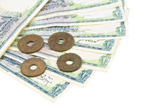 Stapel van oude oude rekening en muntstukken geïsoleerd Thailand Royalty-vrije Stock Afbeelding