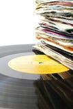 Stapel van oude vinylverslagen op een L.P. Royalty-vrije Stock Afbeeldingen