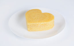 Stapel van pannekoeken in de vorm van een hart op plaat Stock Afbeelding