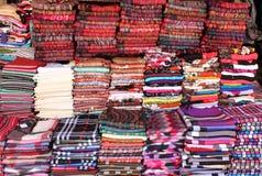 Stapel van pashminasjaals Stock Foto's
