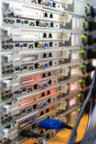 Stapel van servers met ondiepe diepte van gebied Royalty-vrije Stock Foto