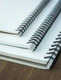 Stapel van spiraalvormig notitieboekje Royalty-vrije Stock Fotografie