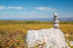 Stapel van stenen in Monte Foia in Monchique, Portugal Royalty-vrije Stock Afbeeldingen