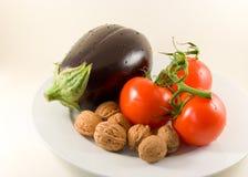 Stapel van tomaat-geïsoleerde Stock Foto's