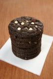 Stapel van Witte Chocolade Chip Cookies Stock Afbeelding