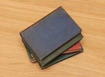 Stapel van zeer oude boeken Stock Foto