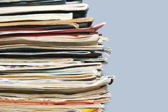Stapel von alten Zeitschriften und von Büchern Lizenzfreie Stockfotografie
