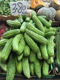 Stapel von bitteren Melonen Stockbild