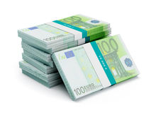 Stapel von 100 Eurobanknotenbündeln Stockfoto