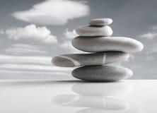 Stapel von fünf Steinen Lizenzfreies Stockfoto
