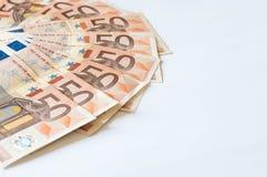 Stapel von Geld Euros auf Weiß für Geschäft und Finanzierung Stockfotos