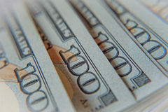 Stapel von hundert Dollarscheinen Makro Stockfotografie
