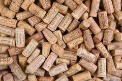Stapel von importierten Wein-Korken Stockbild