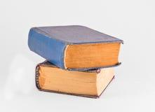 Stapel von zwei alten Büchern Stockfotos