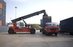 Stapel Vrachtcontainers Royalty-vrije Stock Foto