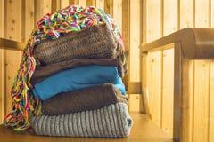 Stapel warme kleren Royalty-vrije Stock Afbeeldingen