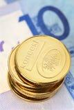Stapel Weißrussland-Münzen Stockbild