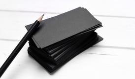 Stapel zwarte adreskaartjes Stock Afbeelding
