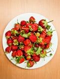 Stapelerdbeere stockbild