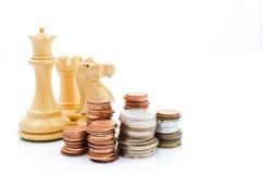 Stapelmuntstukken en schaak Inkomen en winsten Marketing Strategie Royalty-vrije Stock Fotografie