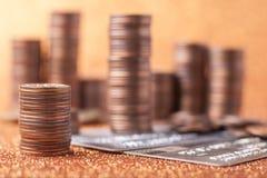Stapels muntstukken stock afbeelding