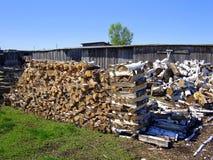 Stapels van brandhout stock afbeeldingen