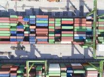 Stapels van containersterminal op 10 juli, 2017 in Kaohsiung-haven Stock Foto