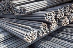 Stapels van staalpolen Royalty-vrije Stock Foto's