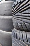 staplade gummihjul Arkivbild