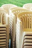 Staplade plast-stolar Royaltyfria Bilder