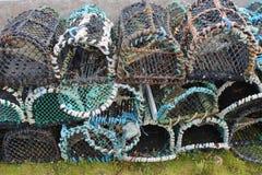 Staplade rader av hummerkrukor Royaltyfri Fotografi