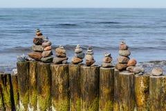 staplade stenar Arkivfoton