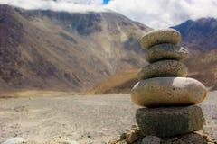 Staplade stenar av Ladakh Arkivfoto