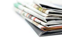 Staplade tidningar vikta och Royaltyfri Fotografi
