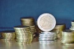 Staples av euromynt Royaltyfria Bilder