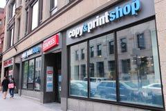 Staples copiano ed il negozio di stampa Fotografia Stock