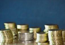 Staples di euro monete Fotografia Stock Libera da Diritti