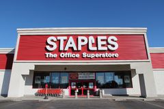 Staples lagrar Royaltyfri Foto
