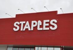 Staples stockent le signe Image libre de droits