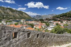 Stappen boven Kotor royalty-vrije stock afbeelding