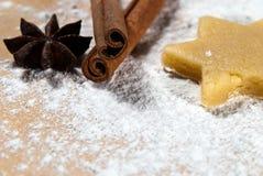 Star with cinnamon sticks and star anise V2 Stock Photos