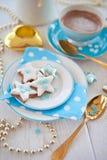 Star-shaped печенья для рождества с фисташками стоковая фотография rf