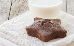 Star-shaped gingerbread cake Stock Photography