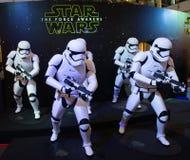 Star Wars: De kracht wekt Stock Foto's