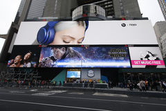 'Star Wars: Siła Obudzi' filmu billboard na Broadway zdjęcie royalty free